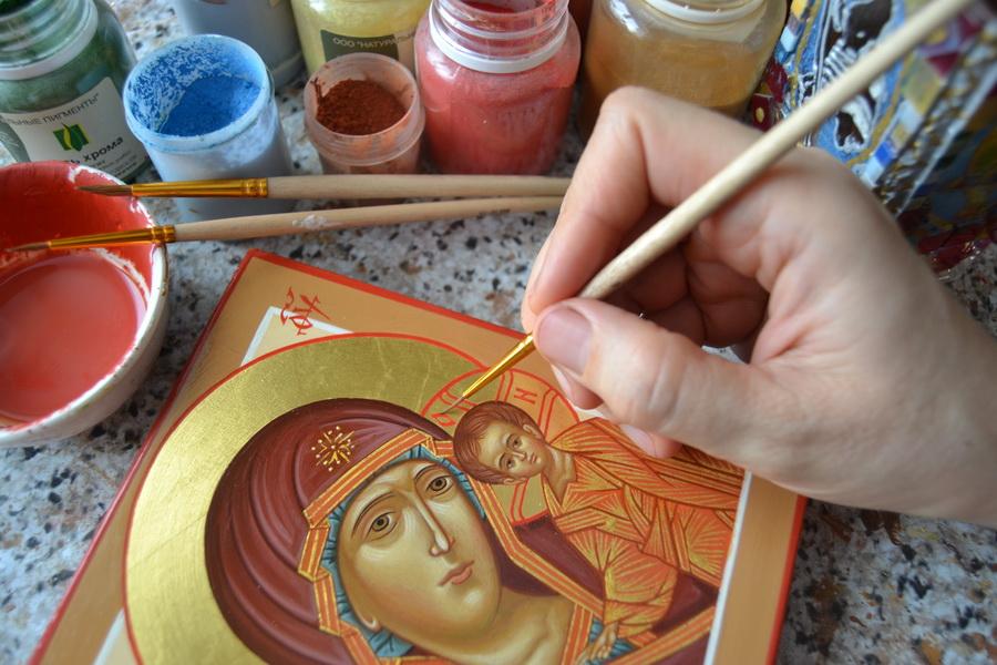 Начало занятий в кружке иконописи