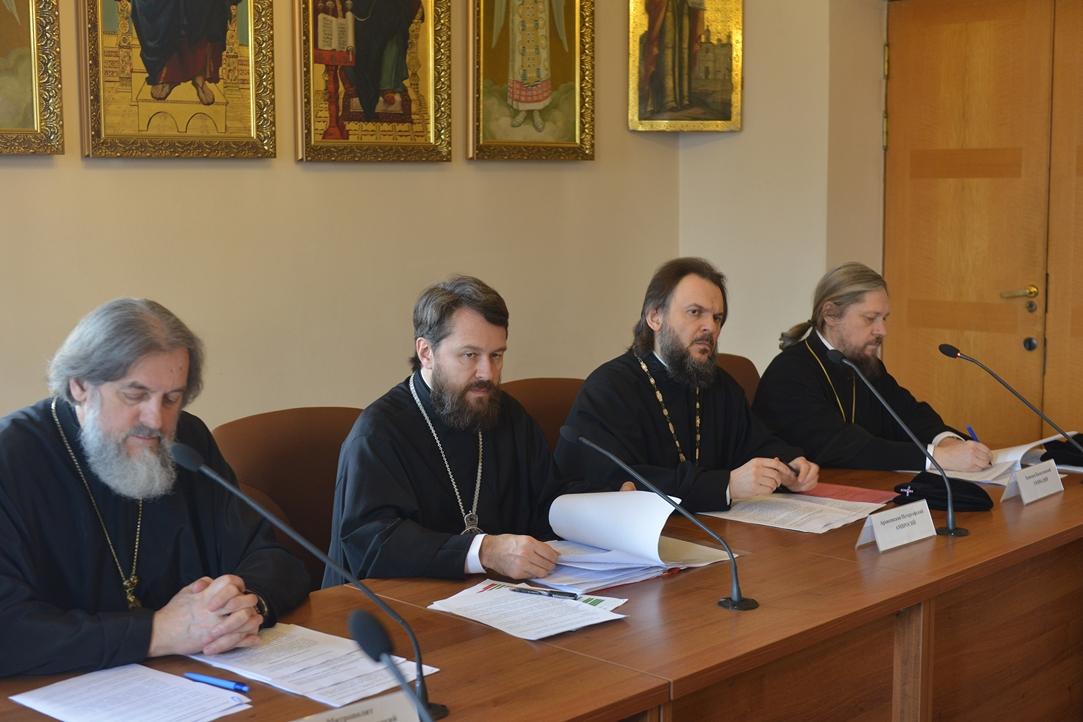 Настоятель Уаровского храма принял участие в заседании комиссии Межсоборного присутствия по богословию и богословскому образованию