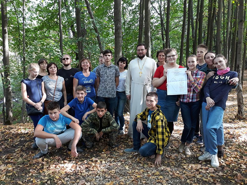 Православный экологический субботник в поселке Вешки