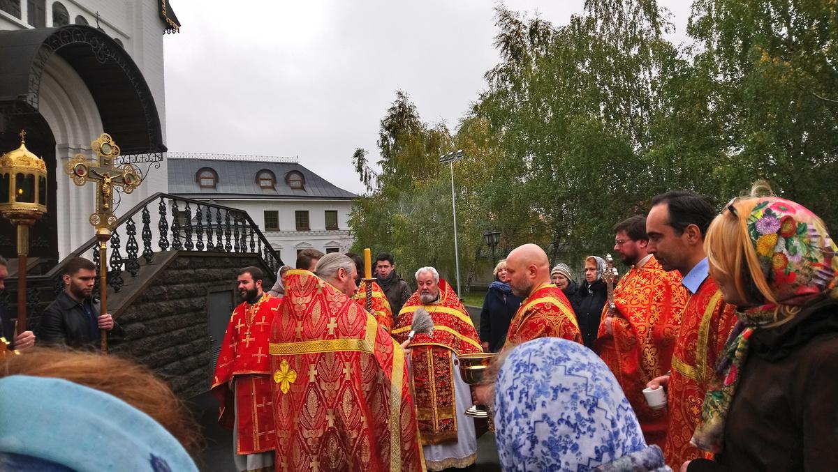 1 ноября — Престольный праздник Уаровского храма