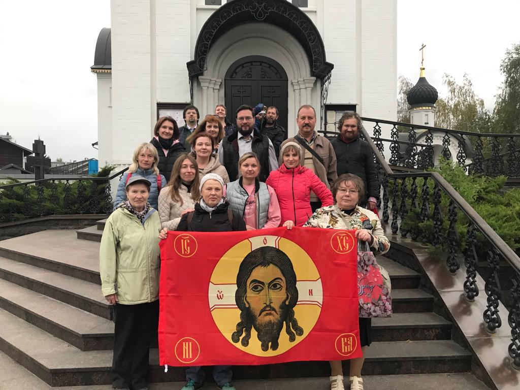 Прихожане храмов Мытищ и Москвы в храме Св. мч. Уара
