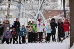 8 января 2019 в приходском экопарке при храме св. мч. Уара в поселке Вешки прошел первый Рождественский семейный лыжный пробег для воспитанников воскресной школы, их родителей и педагогов