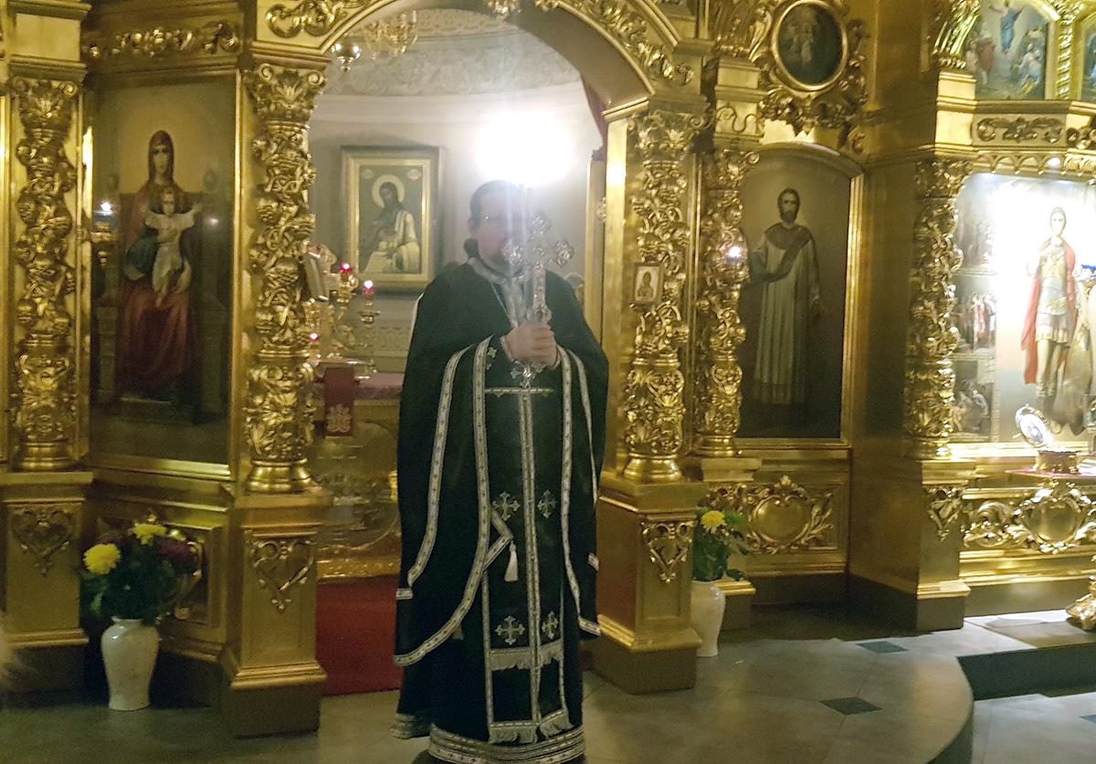 Благочинный Мытищинского округа посетил храм Св. мч. Уара