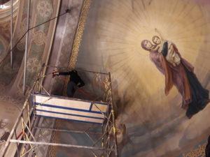 Приходская община храма Святого мч. Уара готовит храм к достойной встрече Дня Светлого Христова Воскресения! Благодарим всех, кто потрудился в нашем родном храме в преддверии Святых дней!