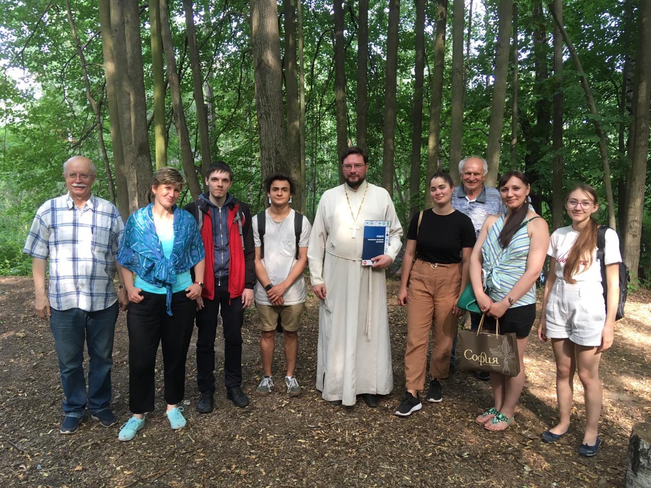 Встреча ответственного за экологическую работу в Московской епархии с группой преподавателей вузов и школ