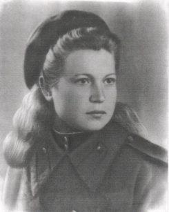 Прощание с ветераном В.Е. Широковой в поселке Вешки