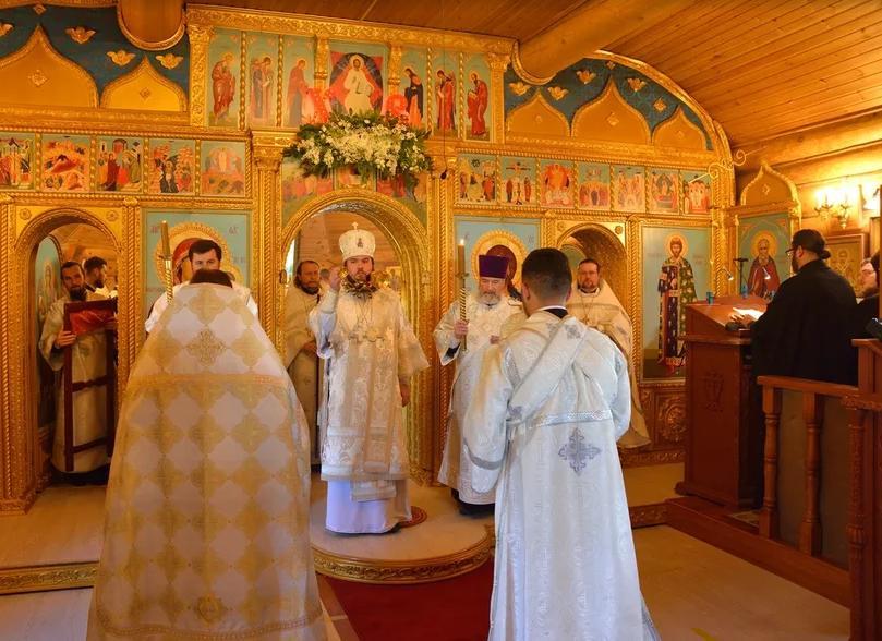 Великое освящение храма в честь святого Александра Невского